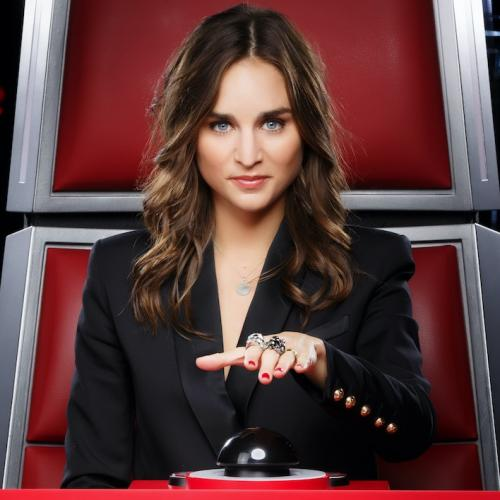 "Qui est Typh Barrow, la nouvelle coach de ""The Voice"" ?"