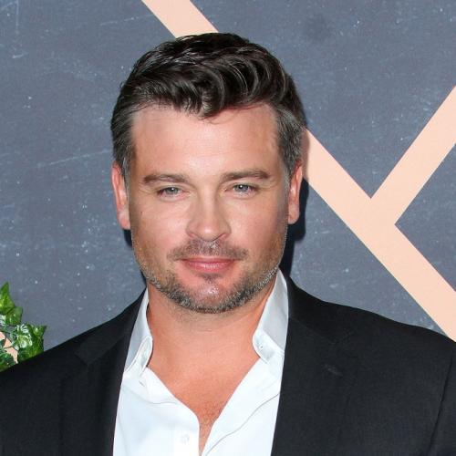 Tom Welling retrouve Superman