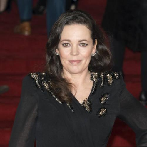 """The Crown"" : Olivia Colman prend des leçons d'élocution !"